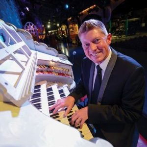 Robert Wolfe at the Mighty Wurlitzer