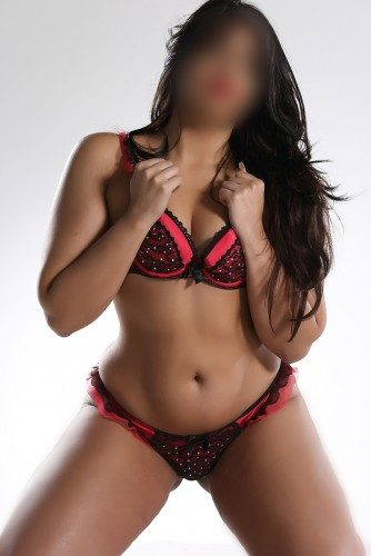 Busty Escorts in Manchester: Dream Girls of Fun Lovers